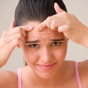 Adevăratele cauze ale acneei