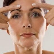 ejercicio estiramiento facial