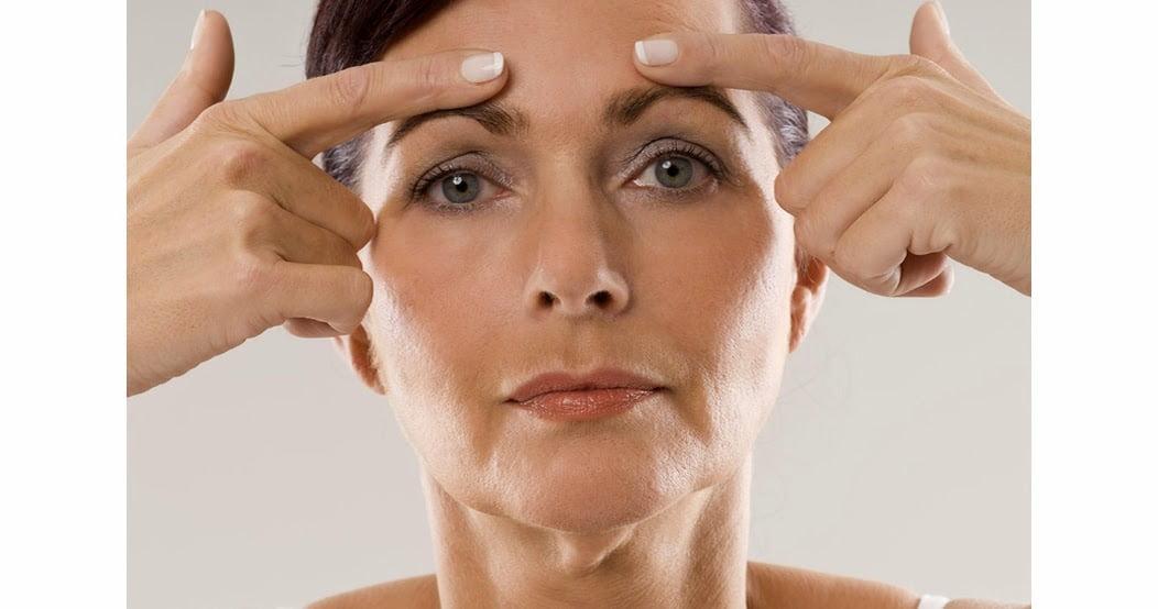 Masajul facial: 10 minute pentru a-ţi remodela SINGURA chipul