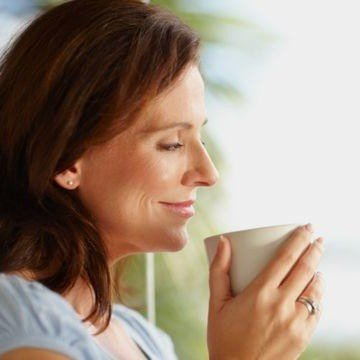 Consumul de ceai verde poate combate cancerul si dementa