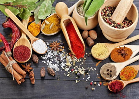 Top 5 condimente care îţi întăresc sistemul imunitar
