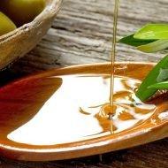 Tratament naturist cu ulei de masline pentru piele uscata