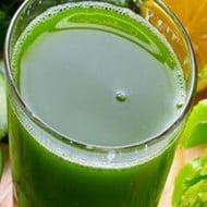 Sucul de telina, lamaie si castravete scade colesterolul, trigliceridele si tensiunea arteriala