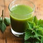 Sucul de urzica, probabil cel mai puternic remediu pentru curatarea organismului de toxine