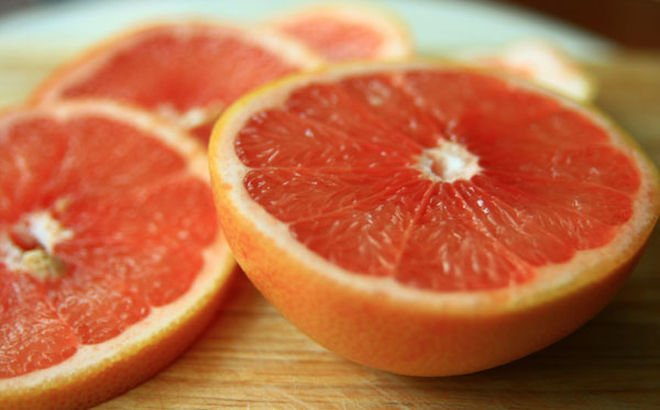 grapefruit-sliced-100831-02