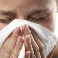 Trucul folosit de medici pentru a nu lua gripa de la pacienți