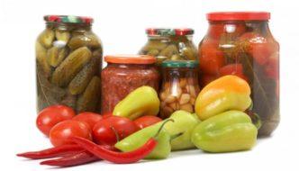 Ce se pierde şi ce nu în urma conservării alimentelor. Opinia unui medic nutriţionist